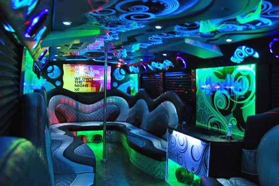 Signs of a Bad Party Bus Company